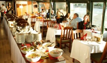 Lunch & Cruise on Danube River in Budapest